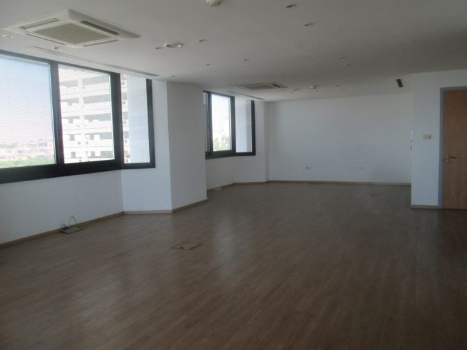 Luxury Office 131 sqm Near the New Port