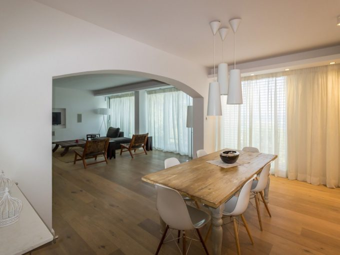 Luxury Spacious 3 Bedroom Apartment