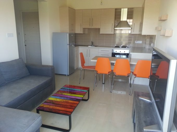 2 Bedroom Apartment Furnished in Newish Bldg in Tourist area