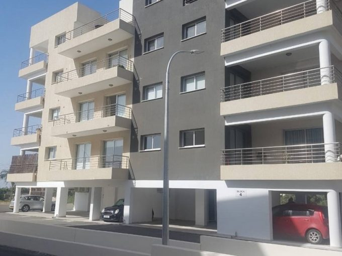 New 3 Bedroom Apartment in Zakaki