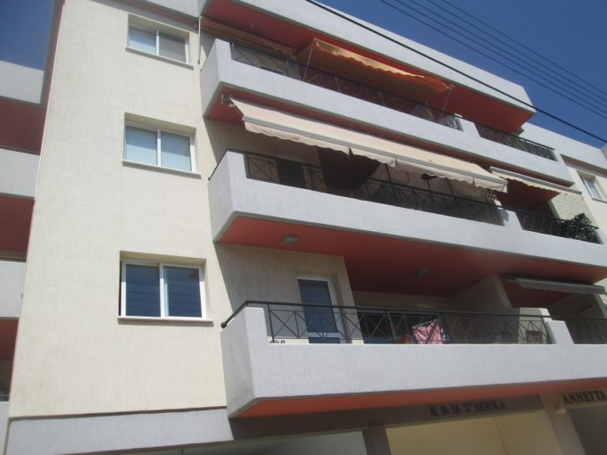 3 Bedroom Apartment in Kato Polemidia