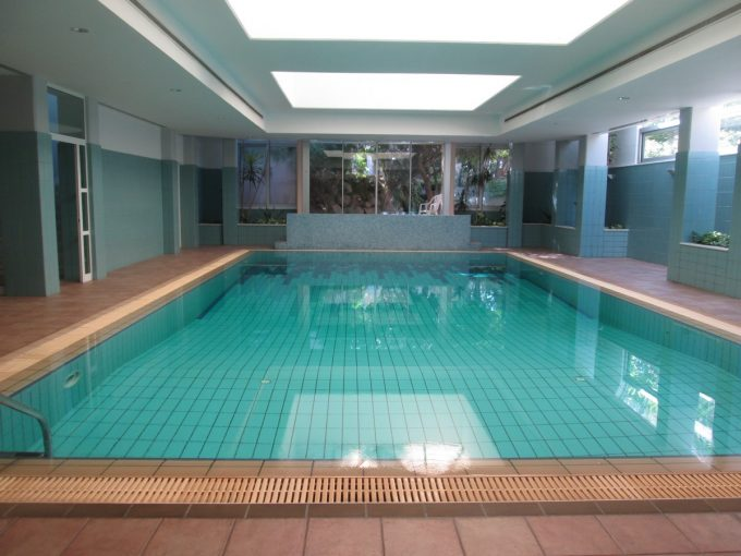 3 Bedroom Apartment Furnished in Complex in the Katholiki Area with Pool & Sauna