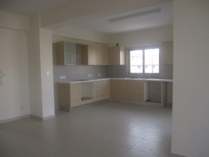 2 Bedroom Apartment in Polemida