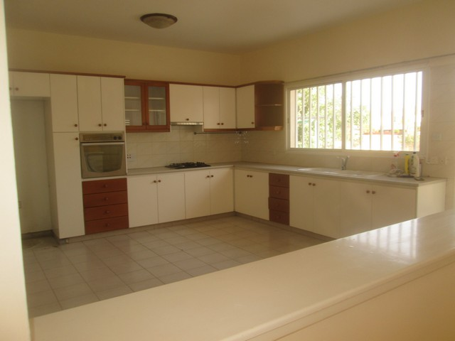 3 Bedroom House Unfurnished in Ypsonas with C/h ad A/c