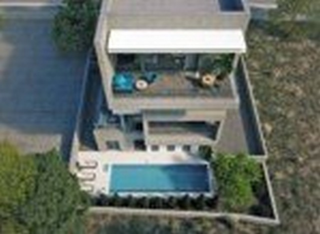 2 Bedroom Spacious High Ceiling Apartments in Complex with Pool near the sea