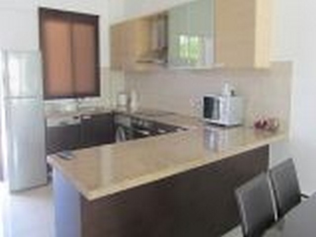2 Bedroom Furnished in Complex with communal pool close to the Sea
