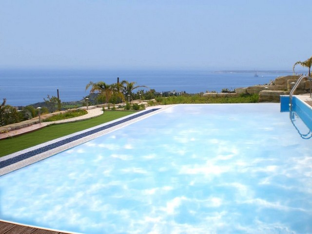 6 Bedroom Luxury Villa in Agios Tychonas with unobstructed Sea View