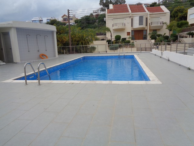2 Bedroom Apartment with Communal Pool