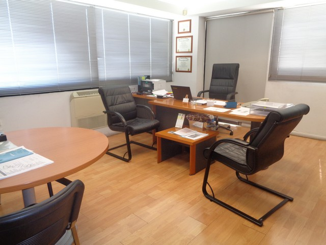 400mtrs Office for Rent in Mesa Gitonia