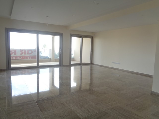 Luxurious Three Bedroom Apartment with Sea View in the Tourist Area