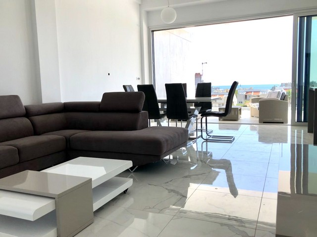 Three Bedroom Apartment in Complex near to the Sea