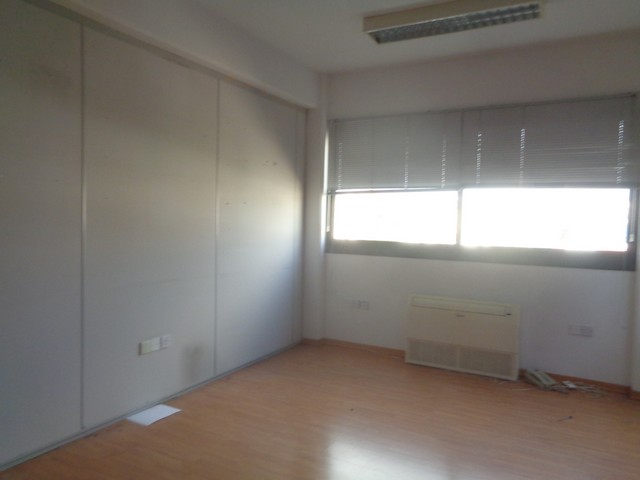Office for Rent 340m2 Separated in Excellent Location