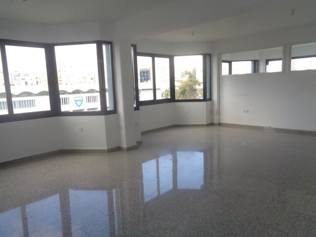 155m2 Office in City Center