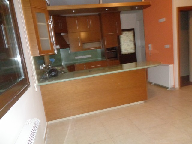 Beautiful 4 Bedroom Upper Level Really Spacious