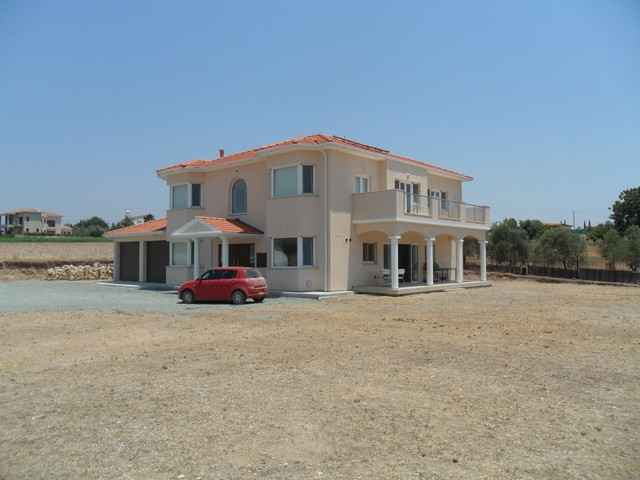 5 Bedroom House on Land of 4023m2