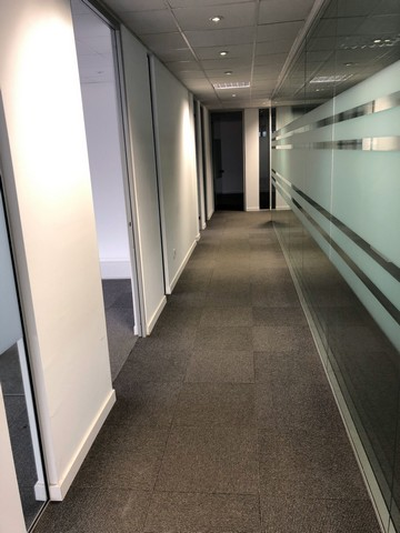 Hi Tech and Modern 400mtrs Office with Raised Floor and Many extras