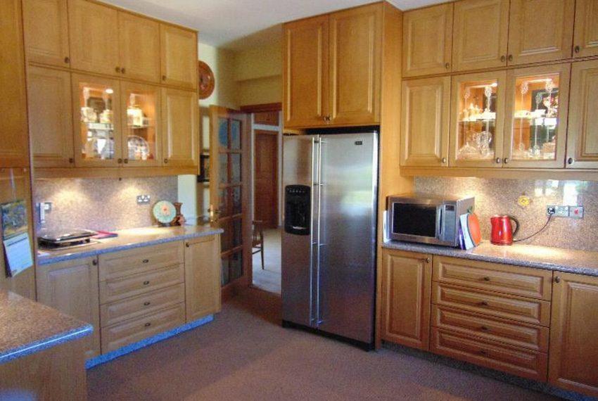 Bungalow-kitchen1