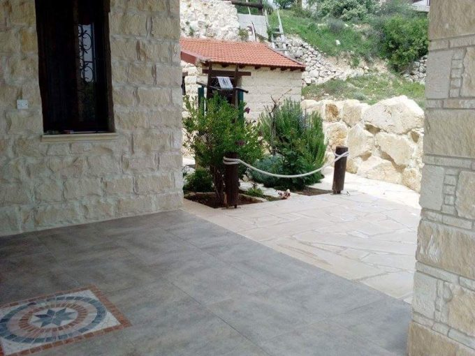Traditional 3 Bedroom House in Lofou