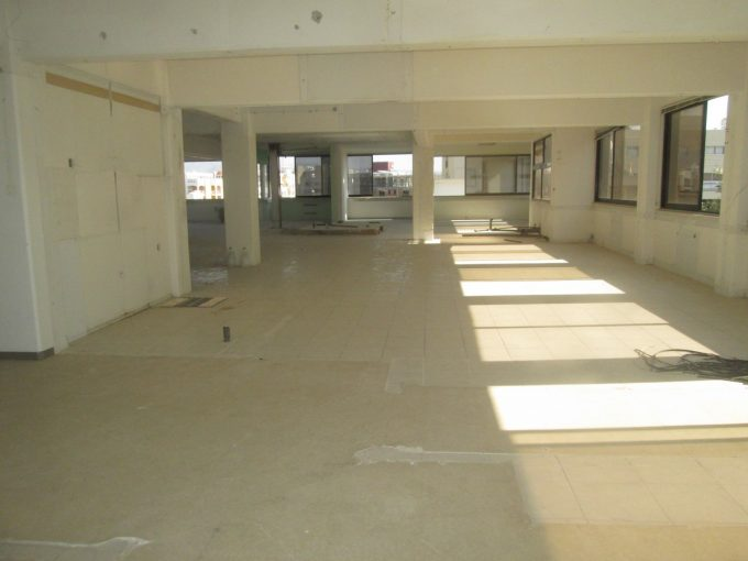 400mtrs whole floor office in Business Centre
