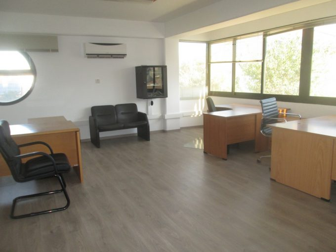 Furnished Office 90mtrs in Commercial Building