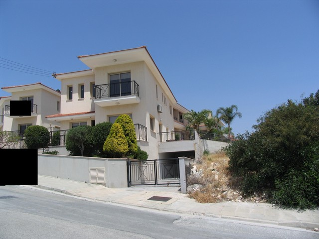 Detached 3 Bedroom House in Agios Athanasios