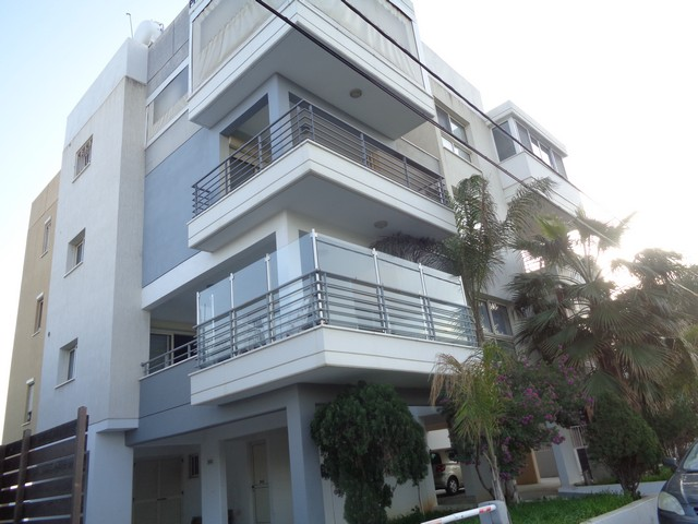 2 Bedroom Apartment Spacious Furnished