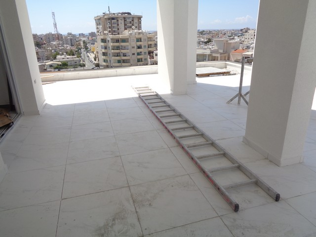 Penthouse, Limassol's Center 3 Bedroom with Large Veranda and Roof Garden