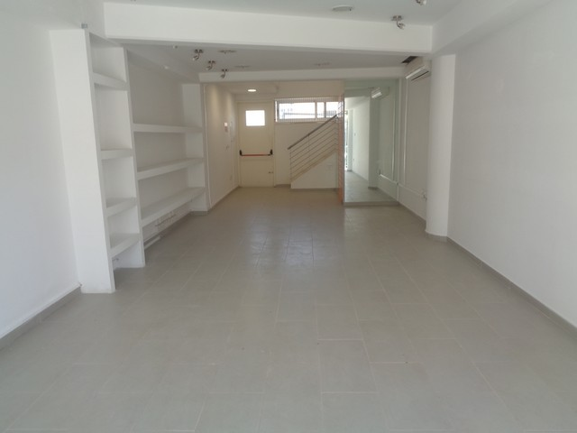 Ground Floor Shop in Commercial Building Suitable for Office