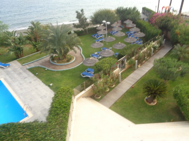 Three bedroom Spacious Apartment on the Beach in Gated Complex