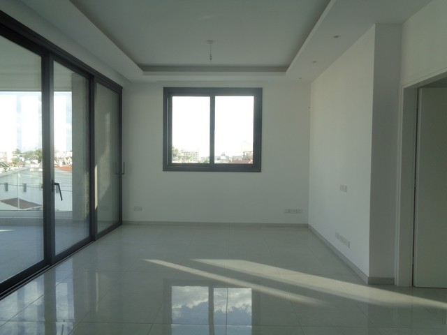 Three Bedroom Apartment in Modern Building Tourist Area