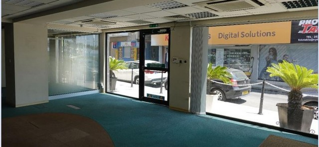 388m2 Show Room or Shop Ideal For Office or Bank