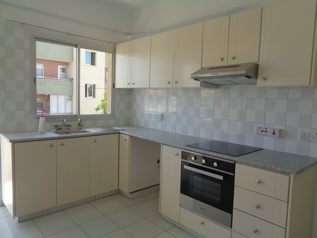 Three bedroom Apartment Furnished or Unfurnished