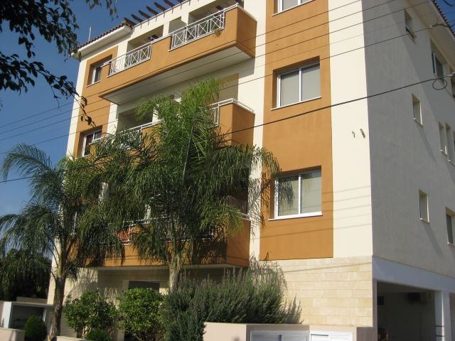 2 bedroom Apartment Furnished in Mesa Geitonia