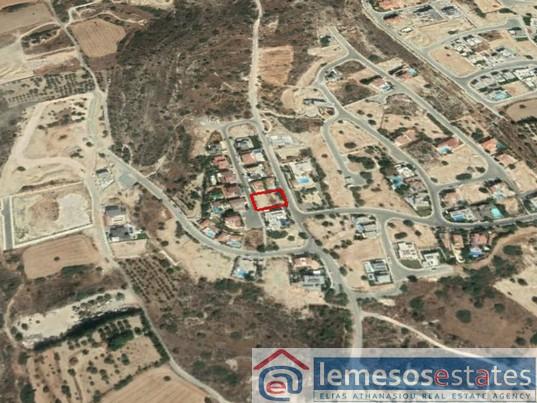 Plot for sale in Agios Athanasios