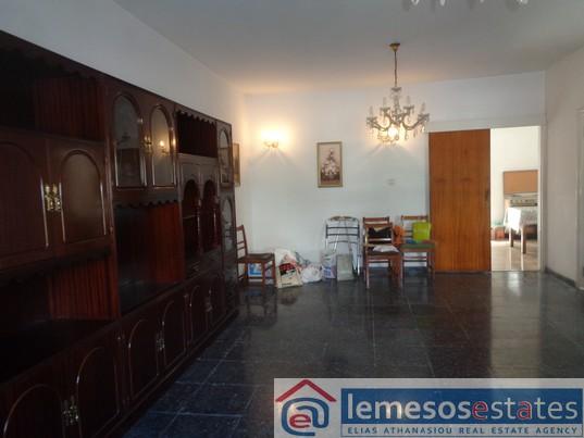 House for rent in Petrou kai Pavlou