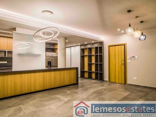 Apartment for sale in Katholiki