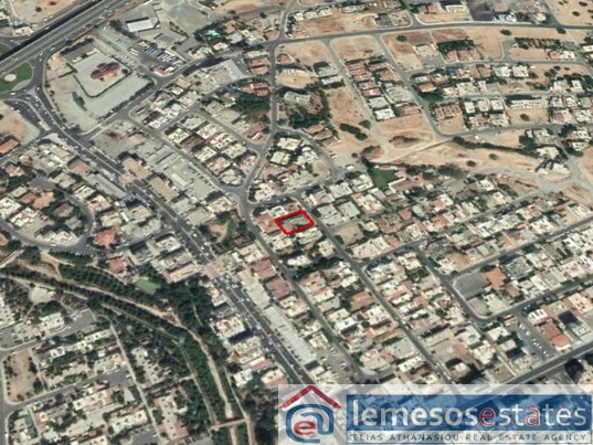 Plot 3/4 for sale in Agios Georgios