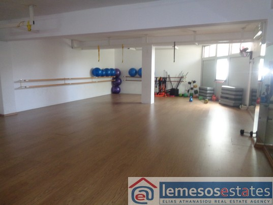 Basement for rent in Naafi